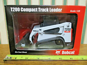 Bobcat T200 Compact Tracked Skid Loader By Wan Ho 1/25th Scale >