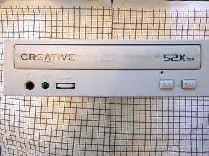 Internal CD  Drive <> Creative Technology Model N10225 -- used