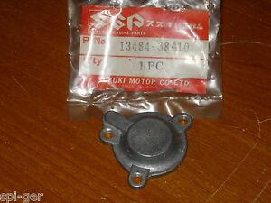 93-95 VS-800 Suzuki Intruder NEW Rear Carb Diaphragm Cover P/No. 13484-38A10
