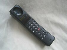 RARE Vintage MOBILE PHONE by MOTOROLA Model 9760 Ultra Sleek from 1993 S3117A