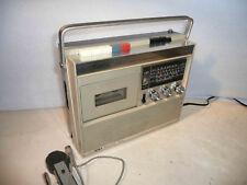 radio K7 portative AIWA TPR-101 - état esthétique très très bien. VINTAGE 1970