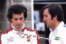 9x6 fotografia, TONY BRISE ritratto con Penske Racing'S HEINZ Hofer 1975