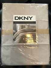 DKNY Luxe Sequin Champagne Gold Full/Queen Duvet Cover & Sham Set - Silky Soft!