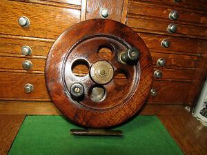 Vintage Antique stamped #7 SCARBRO PRIT RH 7 3/8 in. Wooden Brass Fishing Reel