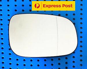 Right side mirror glass for VOLVO S40 M SERIES ,V50 T5 04-08 LARGE BLINKER TYPE