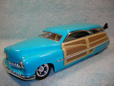1/18 SCALE 1950 MERCURY WOODY WAGON IN BLUE AQUAWOOD BY 100% HOT WHEELS.