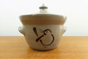 1979 Jugtown Ware - Stoneware Bean Pot/Small Casserole - Bird Chick - NC - EXC