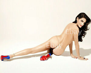 Angie Harmon actress & model 8X10 Photo Reprint