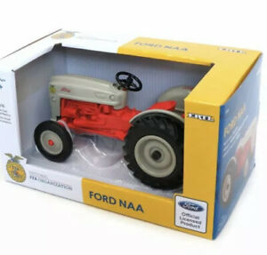 1/16 Ford NAA Tractor by ERTL FFA Special Edition 13916 NEW