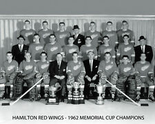 HAMILTON RED WINGS - 1962 MEMORIAL CUP CHAMPIONS - B&W Team Photo