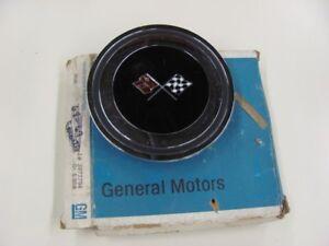 NOS 1971 71 Chevy Impala Monte Carlo P02 Wheel Cover Emblem 3972794 GM