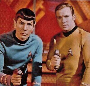STAR TREK T-SHIRT. Cult TV, Sci-Fi.