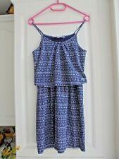 32d1043f0dda1 Belle Robe à bretelles fond bleu de marque CREEKS fille Taille 16 ans Neuve