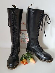 Dr Doc Martens 20 hole 1b60 tall knee high black zip boots UK 6 EU 39 US 8