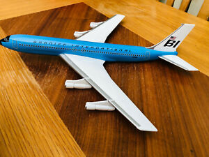 Vintage Corgi AA32904 Corgi Boeing 707-327C Braniff International Airways 1/144
