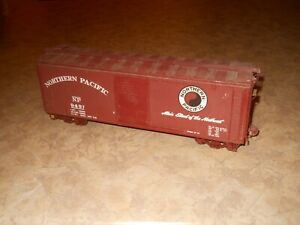 Early O Scale NP 40' Wood & Metal  Boxcar