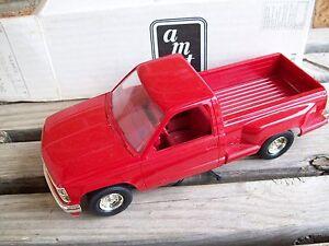 AMT/ERTL #6010, 1991 CHEVROLET SILVERADO SPORTSIDE PICKUP TRUCK, RED, VGC