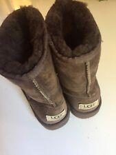 UGG Classic Short Boots Big Kids 3 Chocolate Brown Sheepskin
