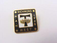 Rare 1968 - Richmond Cyclists Meet Enamel pin Badge - yorkshire cycling club