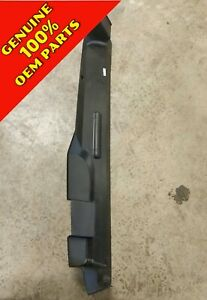 12-13 Buick Allure and LaCross Genuine Radiator Air Upper Deflector GM 20925458
