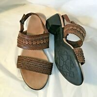 Munro American Brown Sandals 7WW Woven Straps extra wide Sling Back