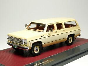 Matrix MX20302-373 1/43 1978 Chevrolet Suburban K10 Resin Model Car
