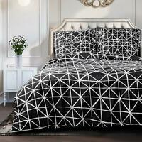 NTBAY 3 Pieces Duvet Cover Set Geometric Patterns  Black and White Triangle