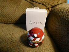 AVON ROBIN CERAMIC KEEPSAKE BOX WITH CZ STUD EARRINGS NEW