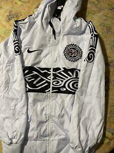 windbreaker jacket Club America Size Large