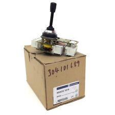 Interruptor de 3 posiciones XD2CG-1010 Telemecanique XD2CG1010 060724