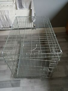 Medium Sized Double Door Dog/Pet Cage, Collapsible For Easy Transportation.