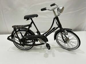 VERY COLLECTABLE -MADE IN INA Miniature Bicycle with working parts