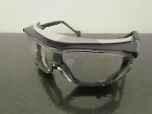 Uvex Skyguard NT Anti-Fog Chemical Scratch Resistant Safety Spectacles Glasses.