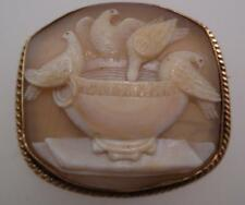 Very Fine Victorian Antique 9ct Gold Cameo Brooch - Drinking Feeding Doves (GY86
