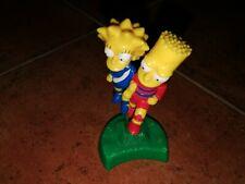 MAGGIE Y BART SIMPSON FIGURA DE PLASTICO DEL BURGER KING 2002 MEDIDAS 10x5cm