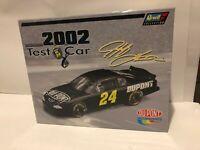 1/24 JEFF GORDON #24 DUPONT TEST CAR  2002 REVELL NASCAR DIECAST