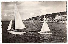 CPSM PF 14 - DEAUVILLE - TROUVILLE (Calvados) - 987. Les Yachts et la Plage