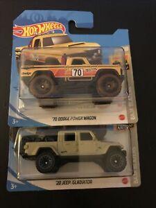 Hot Wheels Baja Blazers - '70 Dodge Power Wagon And 20 Jeep Gladiator