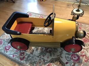 Brum Pedal Car Excellent