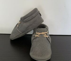 Freshly Picked Baby Shoes Moccasin Blue Spruce Gray Size 4