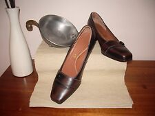 "Women's heels ""Kumfs"" , size 38.5 , Black/brown with br. button , very smart."