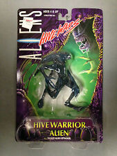 1998 KENNER ALIENS HIVE WARS HIVE WARRIOR ALIEN FIERCE ATTACKER ACTION FIGURE