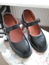 doc martens size 8 black shoes