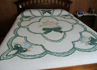 Vintage Chenille Bedspread, White & Multi Color Flowers in Excellent Condition