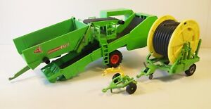 Siku 1:32 Potato Harvester and Irrigator, used, unboxed, fair condition