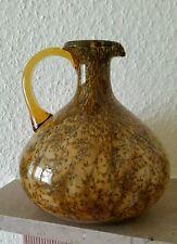 Glashenkelvase.Braun mit Goldeinschlüsse.20 cm.hoch.Marke unbekannt.