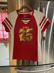 Woman's KC Chiefs #25 Jamal Charles V-Neck Short Sleeve Top. Size M