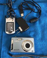 Sanyo VPC T850 8.0MP Digital Camera - Blue 3X Optical Zoom ~~BUNDLE~~NICE~~