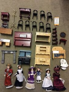 Dolls House Figures And Furniture