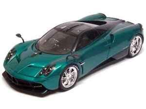 Spark S3563 1/43 : Pagani Huayra 2013 Green Metallic with Carbon Fiber Details
